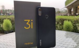 Realme 3i official img main 1